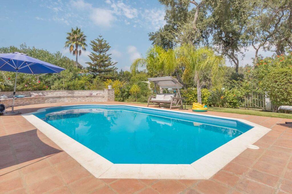 property-specialists-villa-venta-sotogrande-3