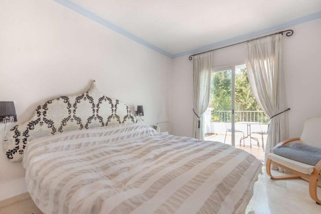 property-specialists-villa-venta-sotogrande-8