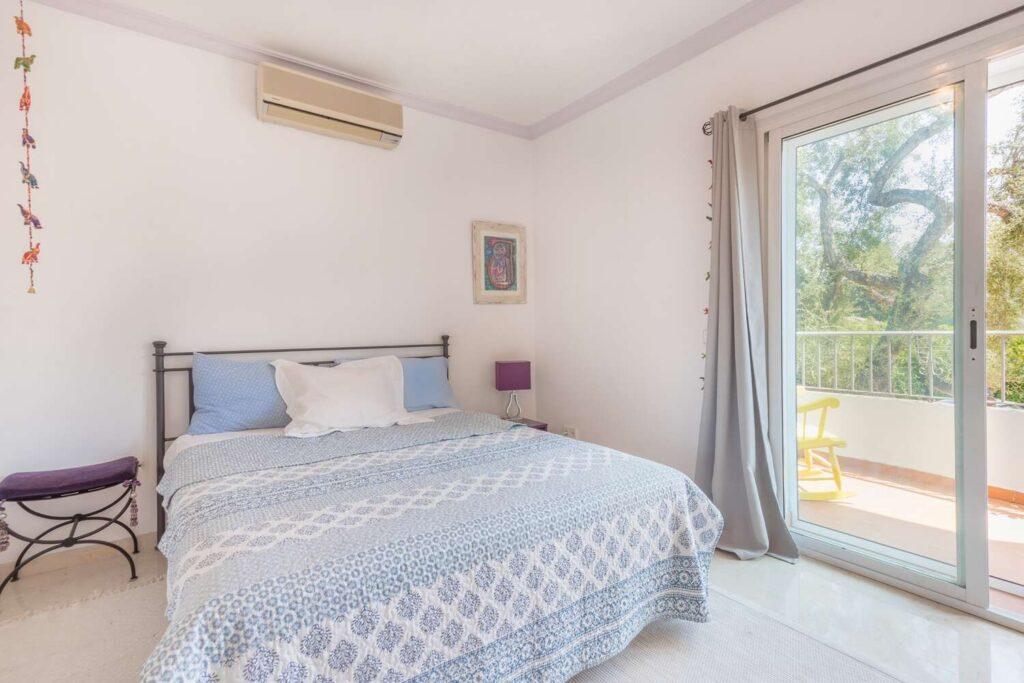 property-specialists-villa-venta-sotogrande-9