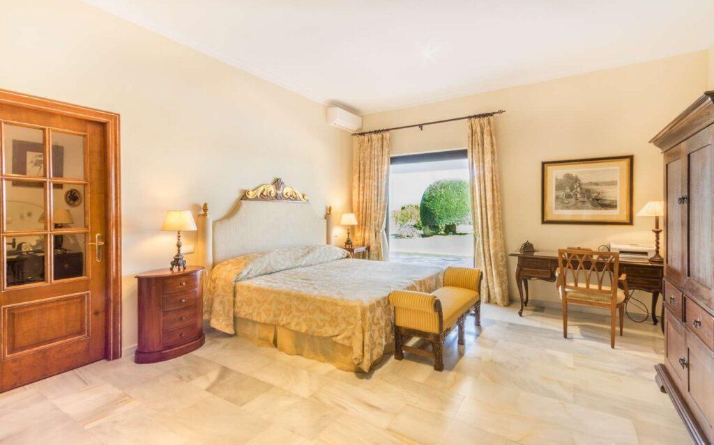 property-specialists-villa-venta-sotogrande-SOTO-26-11